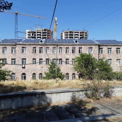 Solara solar panels installed in Kanaker-Zeytun maternity hospital